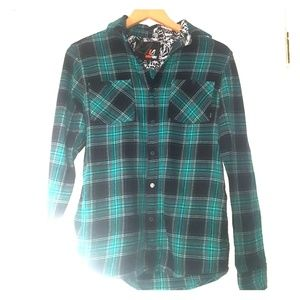 AMPLIFY Teal and Black Plaid Button Down Flanel